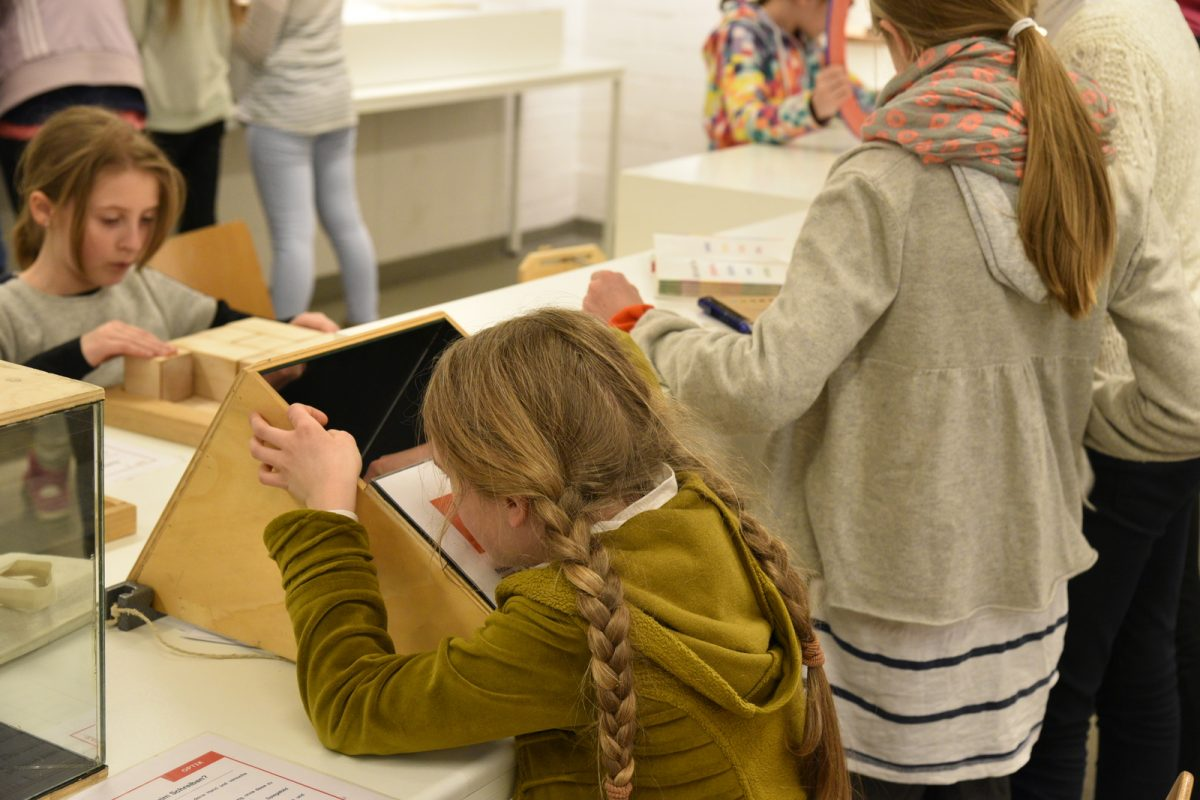 Uni statt Schule: Am 26. April ist Girls' Day