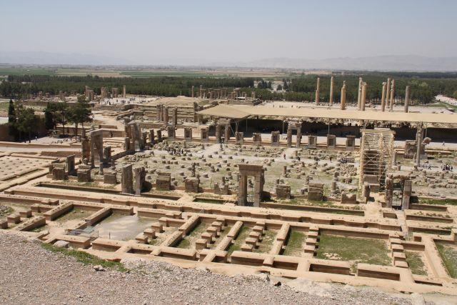 Blick auf die Hundert-Säulen-Halle