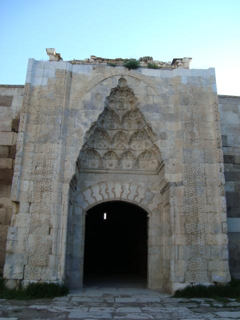 Sultanhani - Eingang zur Karawanserei