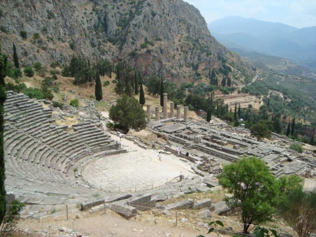 Delphi - Blick auf den Apollon Tempel