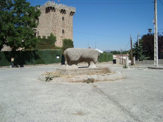 Eisenzeitliche Steinskulptur - Stier